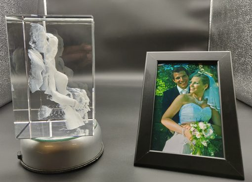 bride and groom right side view photo engraved in a 3d crystal